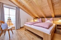 Ferienwohnung Eibsee - Schlafzimmer groß (1,80 x 2,00 m)