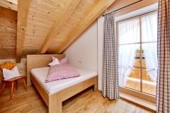 Ferienwohnung Eibsee - Schlafzimmer klein (Bett 1,40 x 2,00 m)